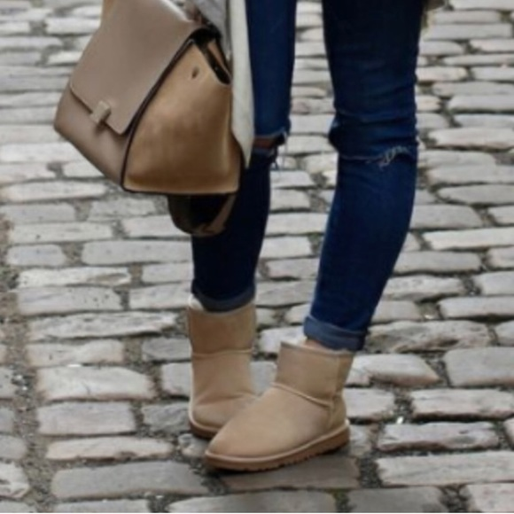 Classic Ugg Mini II Boots in Sand